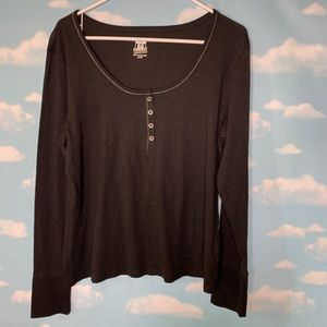 Route 66- Black Scoop neck Tee Lg Sleeve size Xl